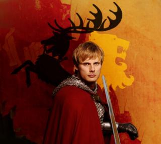 Bradley James jako Tommen Baratheon