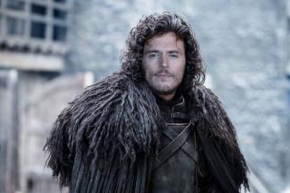 Sam Claflin jako Jon Snow