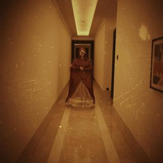 """Lindsay Lohan jako postać z serialu """"Opowieść podręcznej"""""""