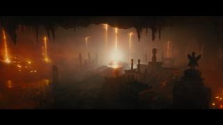 """Podwodna lokacja, do której po wybuchu trafia Godzilla, na poziomie wizualnym przypomina Królestwo Seatopii, znane już z filmu """"Godzilla kontra Megalon"""" z 1973 roku."""