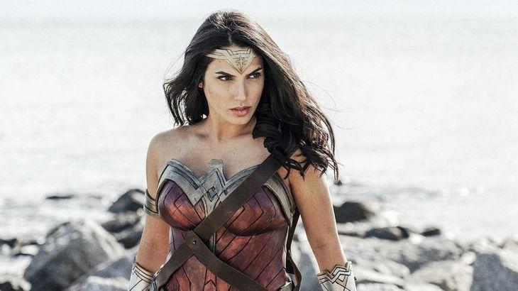 Znana cosplayerka znowu jako Wonder Woman na NYCC. Wygląda jak Gal Gadot