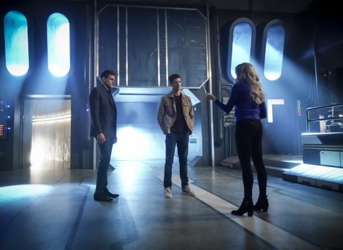 Flash: sezon 5, odcinki 10-11 – recenzja