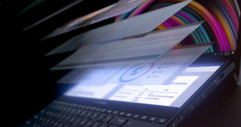 Asus zaprezentował laptopa z dwoma ekranami 4K