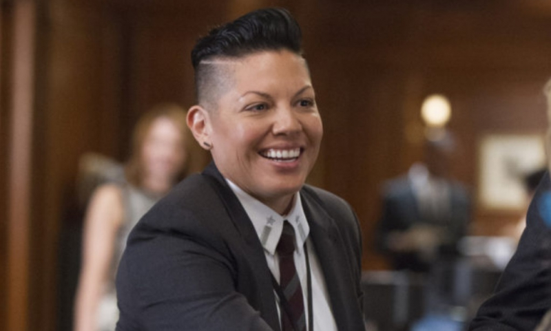 Nowy Seks w wielkim mieście - Sara Ramirez zagra nową bohaterkę. Będzie to postać niebinarna