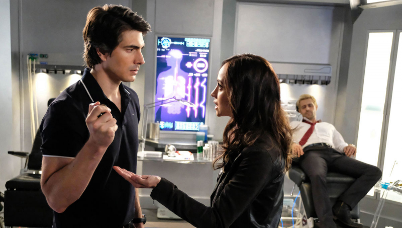 Legends of Tomorrow - Brandon Routh i Courtney Ford odchodzą z serialu