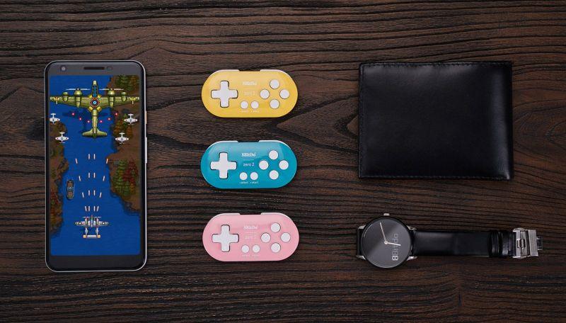 8BitDo wypuści miniaturowy kontroler, który zmieścisz w kieszeni