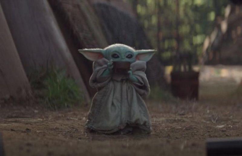 Baby Yoda... a może Baby Jabba? Fani Gwiezdnych Wojen zaskakują pomysłami