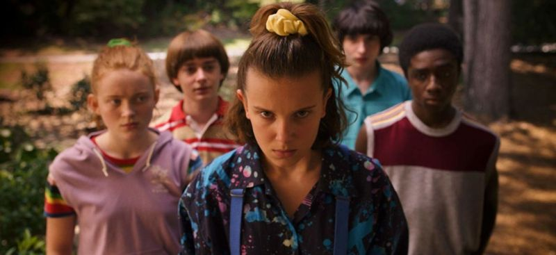 Stranger Things i Zoey's Extraordinary Playlist wznawiają produkcję. Podano daty