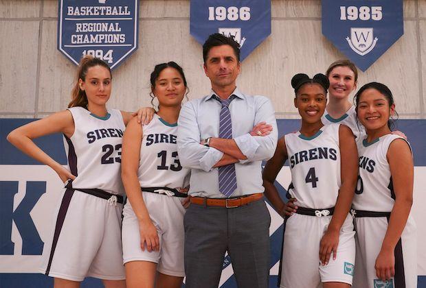 Big Shot - zwiastun serialu Disney+. John Stamos jako wybuchowy trener koszykówki
