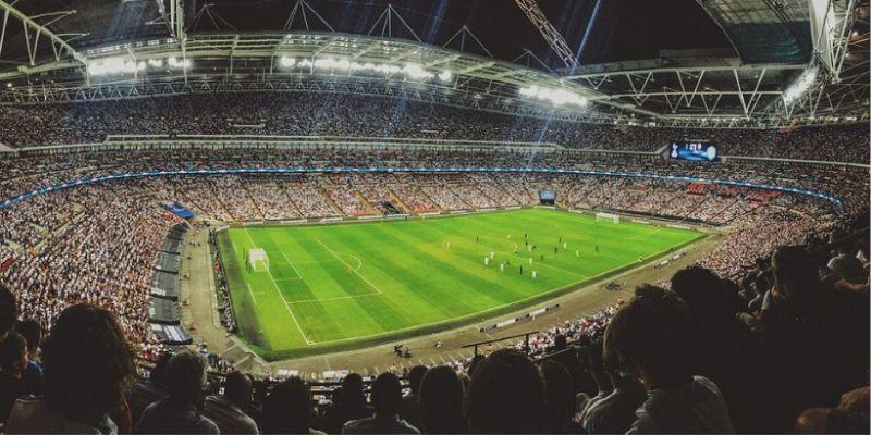 EURO 2020: homofobiczny transparent podczas meczu. UEFA wyciągnie konsekwencje?