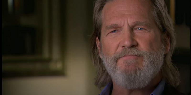 """Jeff Bridges: chłoniak i COVID-19 """"skopały tyłek"""" aktorowi. Jak się teraz czuje?"""