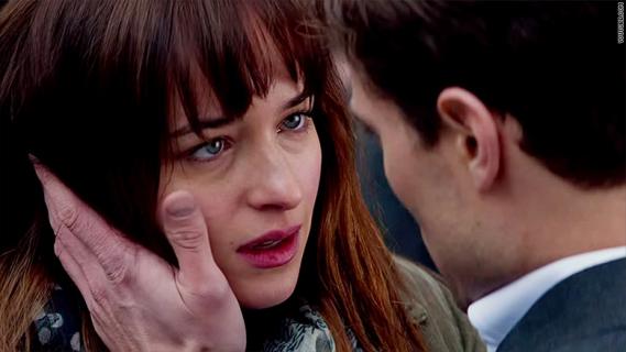 """Box Office: """"Pięćdziesiąt twarzy Greya"""" pobiło rekordy w Polsce"""