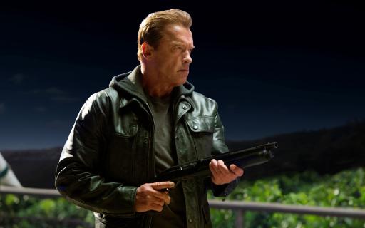 """Arnold Schwarzenegger pokieruje ludzkością w przypadku inwazji kosmitów. """"Jestem gotów, by służyć"""""""