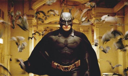 Szczery zwiastun filmu Batman – Początek