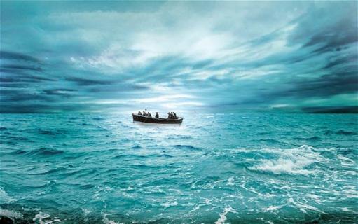 """Anne Hathaway będzie walczyć o przetrwanie w """"The Lifeboat"""""""