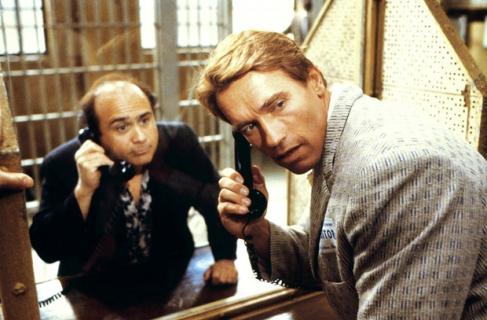"""Arnold Schwarzenegger obiecuje, że powstanie sequel """"Bliźniaków"""""""