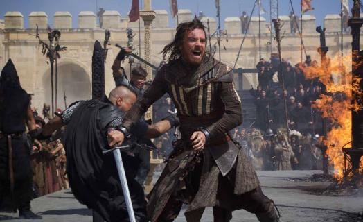 Nowe zdjęcia Michaela Fassbendera z Assassin's Creed