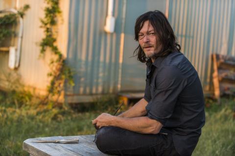 Zobacz nowe zdjęcia z 8. sezonu The Walking Dead. Są na nich zombie