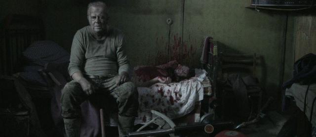 Showmax na planie zdjęciowym. Jak powstawał Dom Zły? Podejrzyj Wojciecha Smarzowskiego przy pracy.