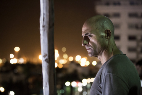 Deep State: sezon 1, odcinek 1 – recenzja
