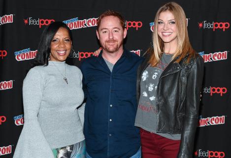 Nie jesteśmy Star Trekiem – rozmawiamy z Adrianne Palicki i Scottem Grimesem z serialu Orville.
