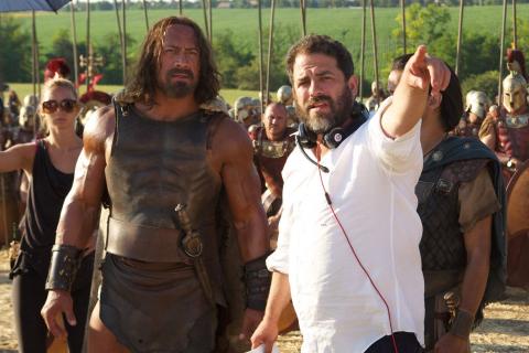 Film o Hugh Hefnerze wstrzymany. Powodem oskarżenia wobec reżysera