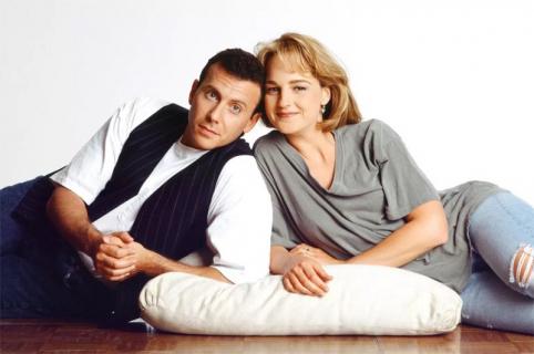 Szaleje za tobą – Paul Reiser i Helen Hunt powrócą. Gdzie zobaczymy nowy sezon?