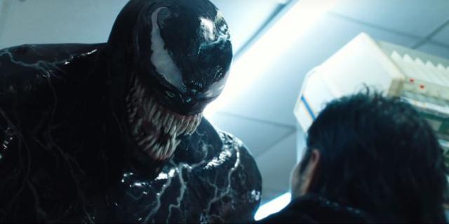 Brutalny symbiont nie bierze jeńców. Pełny zwiastun filmu Venom