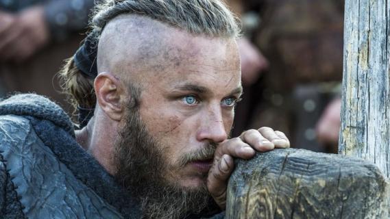 Raised By Wolves – Ridley Scott wyreżyseruje serial sf. Gwiazda Wikingów w obsadzie