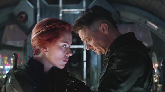 Avengers: Koniec gry - Czarna Wdowa ginie w boju w walce z armią Thanosa. Ależ emocje i ciarki! [WIDEO]