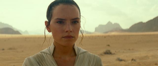 Gwiezdne Wojny: The Rise of Skywalker - Abrams komentuje tytuł. Kim jest nowy kosmita?