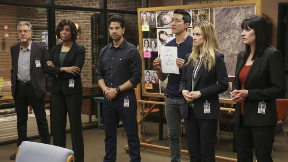 Zabójcze umysły - obsada w sesji zdjęciowej promującej 15. sezon serialu