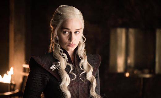 Gra o tron: dlaczego Emilia Clarke obcięła włosy po zakończeniu zdjęć do serialu?