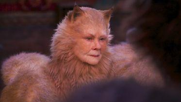 Koty - krytycy miażdżą film. Spektakularna klapa?