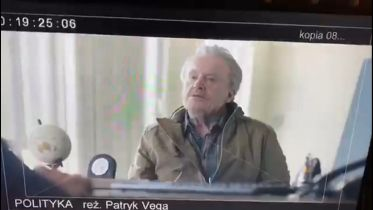 Polityka - tak Patryk Vega uderza w opozycje. Ośmiorniczki w nowym wideo