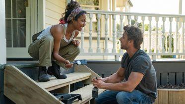 Miłość pod jednym dachem - zwiastun komedii romantycznej Netflixa