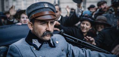 Piłsudski - czy Borys Szyc jest podobny do Marszałka? Zobacz porównanie