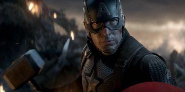 Avengers: Endgame - Cap podniósł Mjolnir. Reakcja Hemswortha bezcenna
