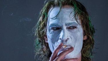 Joker - czy Arthur Fleck to prawdziwy Książę Zbrodni i co z sequelem? Phoenix komentuje