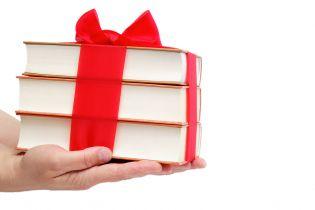 Książki i komiksy – propozycje świątecznych prezentów 2019 r.