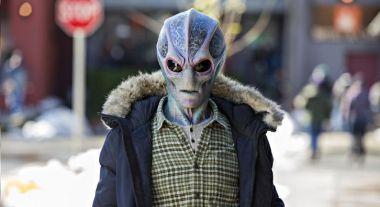 Resident Alien - zwiastun adaptacji komiksu od Syfy. Alan Tudyk lekarzem kosmitą