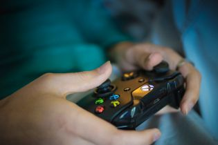 Koronawirus zaszkodzi branży cyfrowej rozrywki