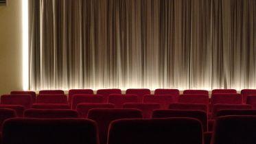 Koronawirus - kiedy kina zostaną otwarte w Polsce? Amerykańskie media przewidują