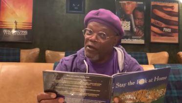 Samuel L. Jackson czyta książkę w swoim stylu i namawia do pozostania w domu