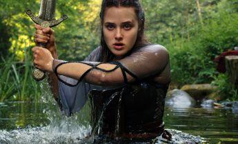 Przeklęta: Frank Miller, powieść fantasy i ekranizacja Netflixa