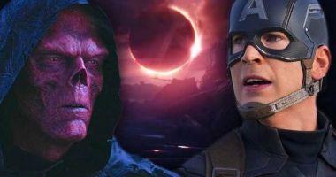 Co powiecie na film, w którym Cap odnosi Kamienie i spotyka Red Skulla? Aktor tego chce