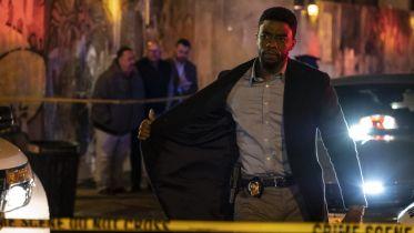 21 mostów - Chadwick Boseman dorzucił się do wynagrodzenia Sienny Miller za film