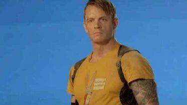 Legion samobójców 2 - Joel Kinnaman o różnicy w pracy nad filmem Ayera i Gunna