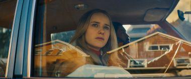 I'm Your Woman - zwiastun filmu. Rachel Brosnahan wyrusza w niebezpieczną podróż