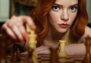 Gambit królowej - jak powstawał serial? Zobacz wideo zza kulis produkcji